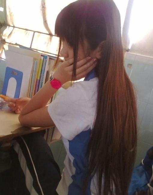 高中生在学习